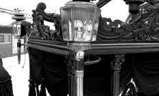 Lampen van een begrafeniskoets
