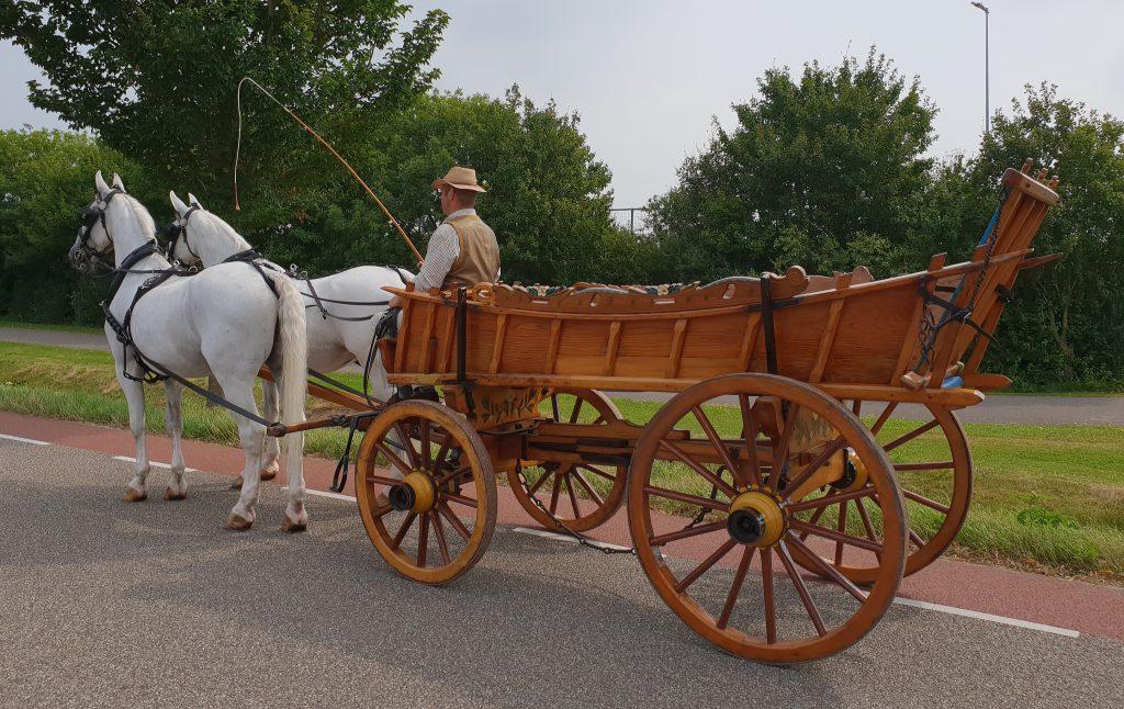 paard en boerenwagen te huur